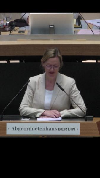 Petra Vandrey spricht zum Doppelhaushalt